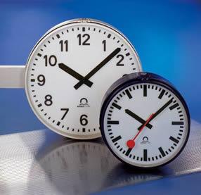 Profiline outdoor analogue clocks
